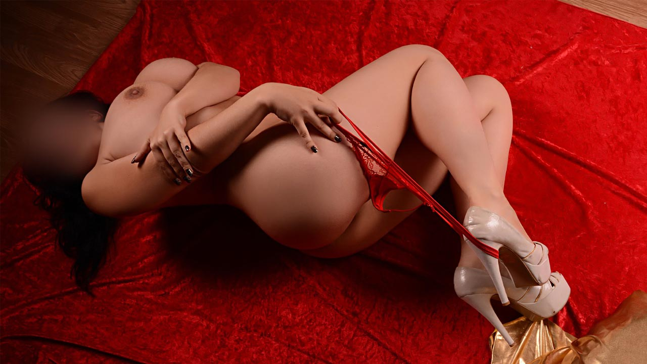 acompanhantes de luxo acompanhantes lisboa Mariana tau tau Portuguesa com mamas de sonho naturais 1